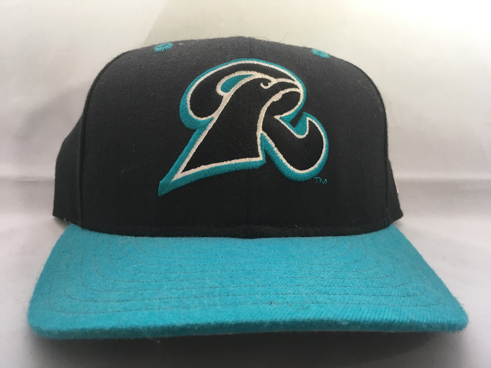 4440bc2324f 1999-2000 New Haven Ravens Cap - Fresh Fitted Friday!!!!