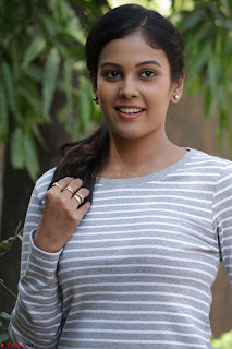 Actress Chandini in ed Tight Top at Ennodu Yilayadu tamil movie press meet ~  32.jpg
