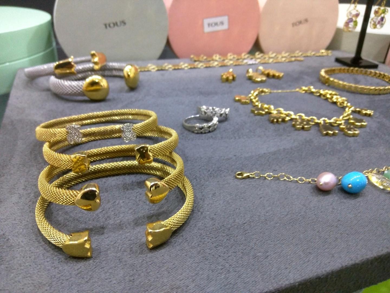 66159de4d02d Si buscas joyas de la marca Tous de segunda mano y te interesa la compra  venta de piezas de joyería de Tous puedes venir a visitarnos a calle  Entenza 133 de ...
