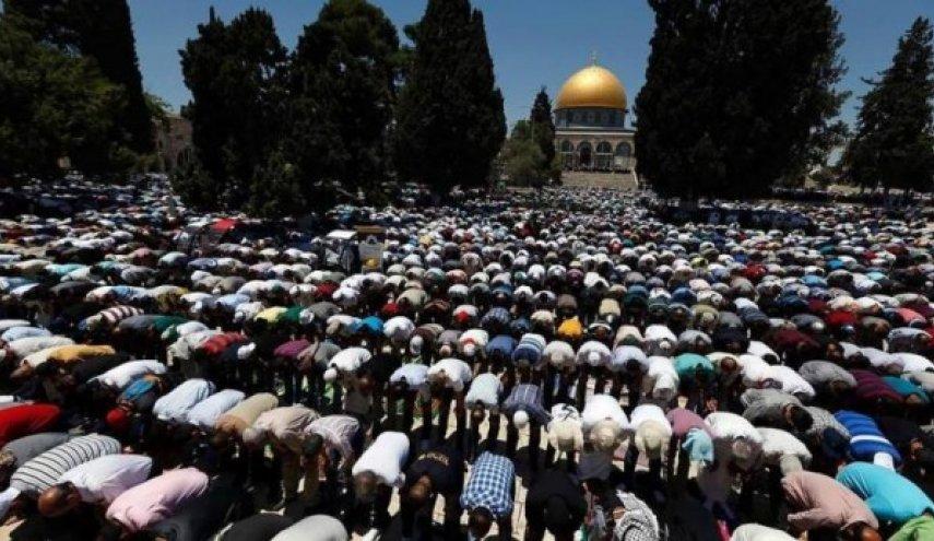 Sebanyak 15 Ribu Warga Palestina Tunaikan Shalat Jum'at di Masjid Al-Aqsa