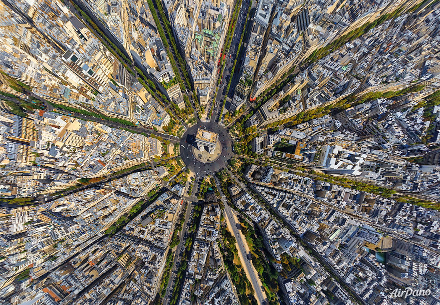 Beautiful Panoramic Pictures Of 20 Famous Cities - Paris, France