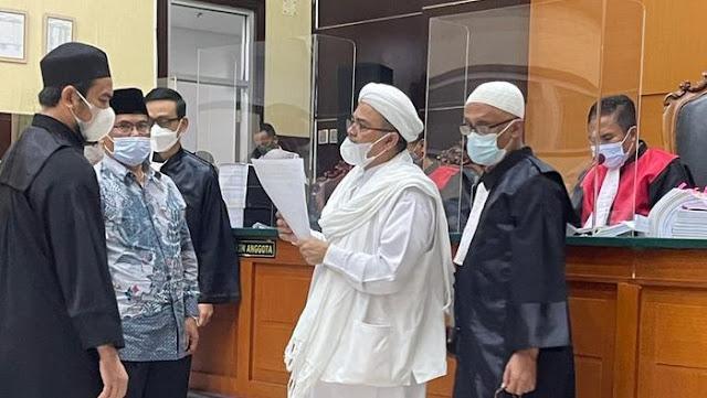 HRS Bilang Sampai Jumpa di Pengadilan Akhirat, Rocky: Wajah Hakim Pucat Pasi bak Calon Jenazah