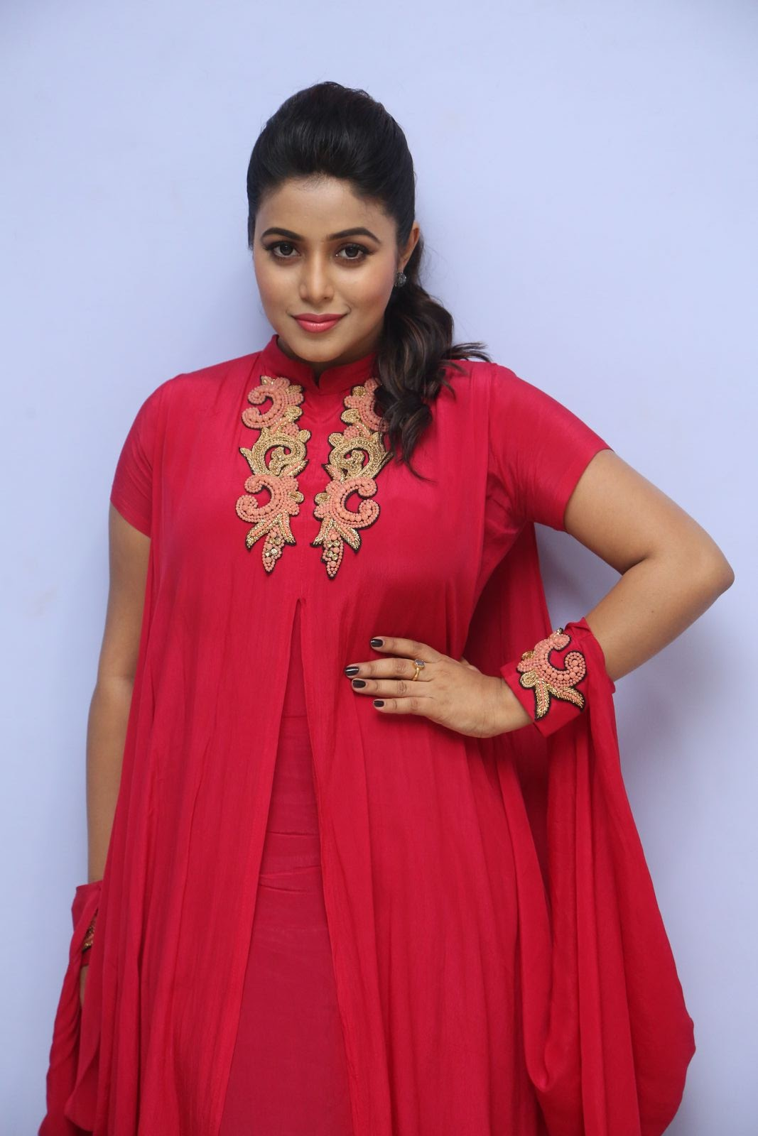 poorna new glamorous photos-HQ-Photo-4