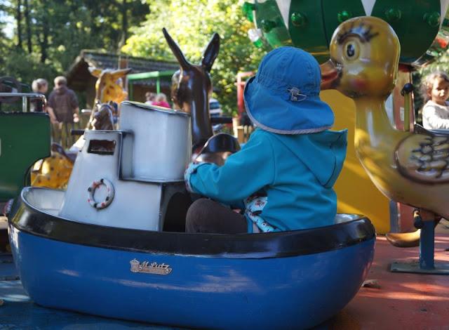 Die Tolk-Schau: Ein spannender Familien-Freizeitpark für Groß und Klein. Hier gibt es zahlreiche Kinder-Karusselle!