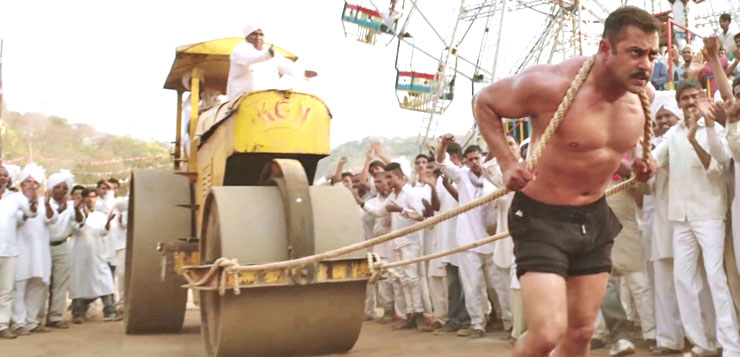 Movie still from Sultan, Salman Khan pulling a road roller