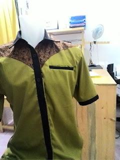 Kemeja kombinasi batik