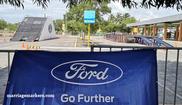 Ford EcoSport, Ford Ranger, Ford Ranger Raptor,Ford Everest , Bacolod blogger - Ford Island Conquest Bacolod - SM City Bacolod parking lot - hill descent - ABS - braking system - pick up trucks
