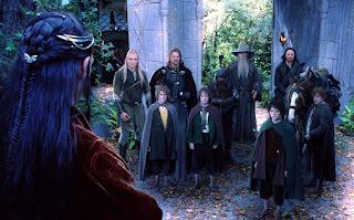 Elrond ante la comunidad del anillo