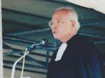 Tiba di Bandara Silangit, Jenazah Pendeta SAE Nababan Dimakamkan di Siborong-borong Hari Ini