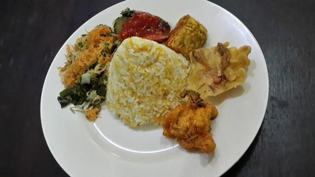 Lezatnya nasi jagung;Nasi Jagung untuk Diet;Nasi Jagung, Kuliner Tradisional di Dekat Rumah