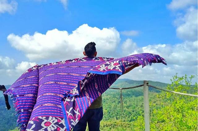 Menikmati Sunrise di Wisata Gunung Lanang Kulon Progo