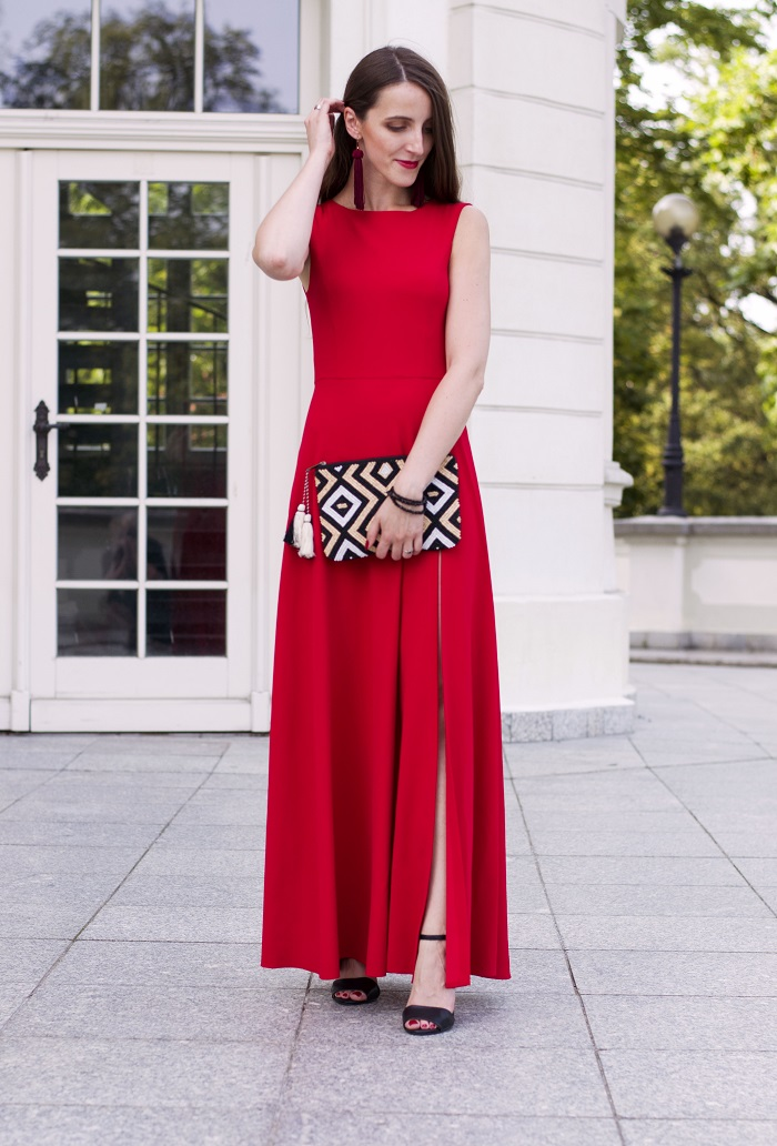 Perfect red maxi dress for wedding guest