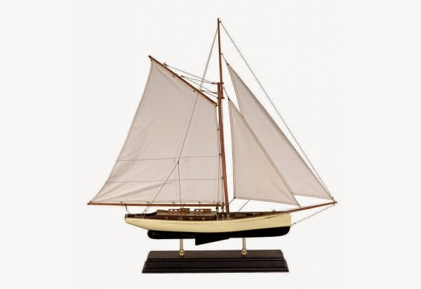 Authentic Models 1930's Classic Yacht Model