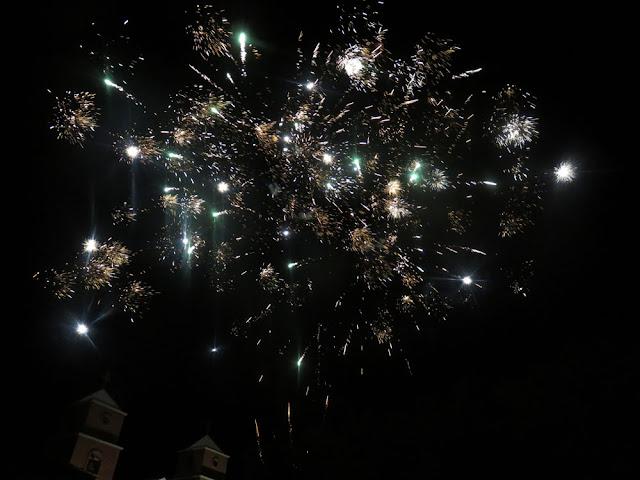 Feuerwerk zu Ehren des Heiligen Franz