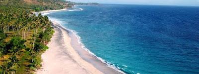 Pantai Senggigi - Lombok, Nusa Tenggara Barat (sumber foto : panduan perjalanan Google)