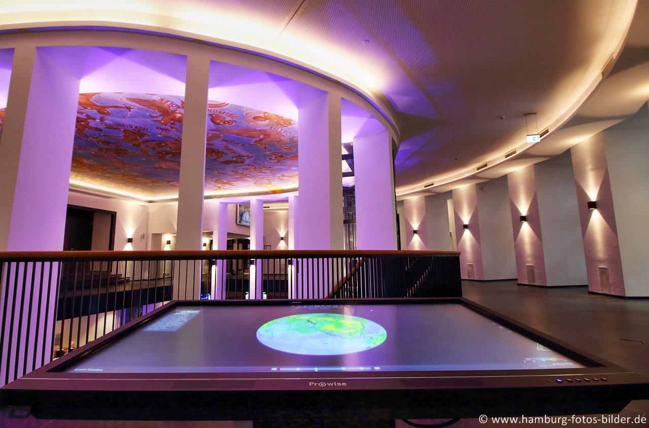 planetarium hamburg aussichtsplattform im stadtpark. Black Bedroom Furniture Sets. Home Design Ideas