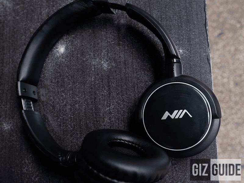 The FREE Bluetooth headphones included!