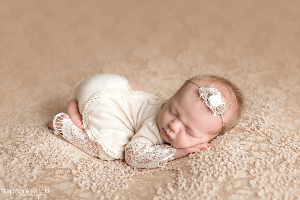 Kaci louisville ky newborn photographer