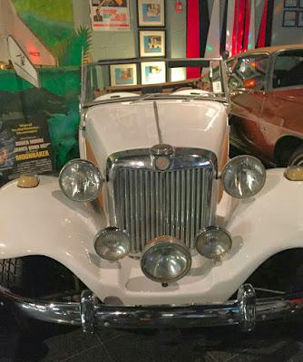 Um raro veículo brasileiro exposto num museu norte-americano: ponto para a Lafer.