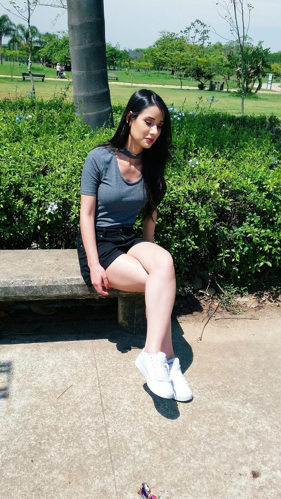 Look do Dia: Blusa Choker + Shorts Jeans