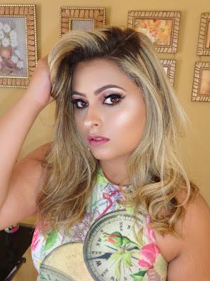 https://www.patriciaramos.com.br/p/curso-maquiagem-profissional.html