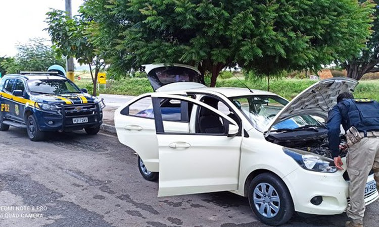 PRF recupera veículo roubado e prende receptador na Chapada Diamantina