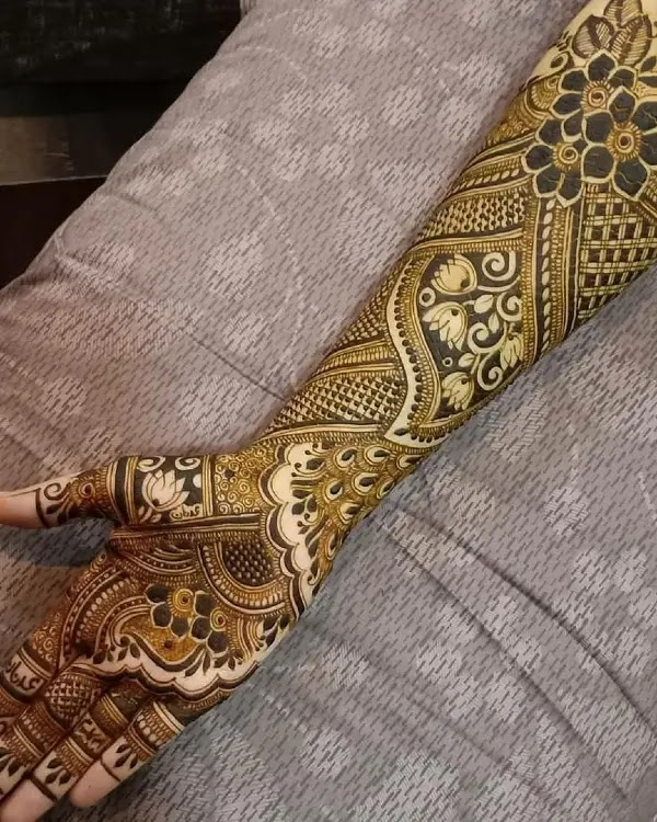 long-mehandi-cone-design