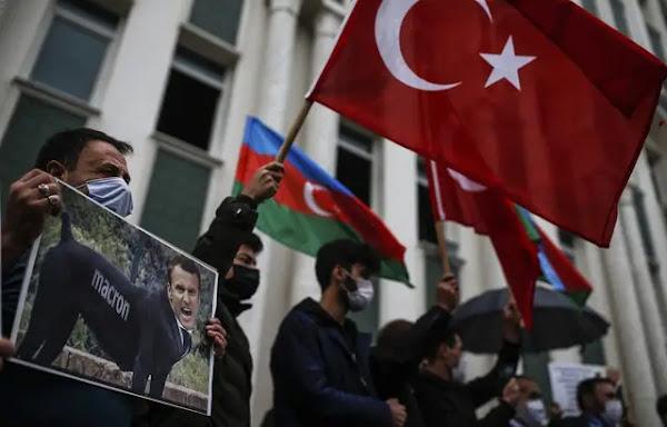 Turquie : Ankara « répliquera fermement » à la dissolution d'un groupe ultranationaliste turc en France