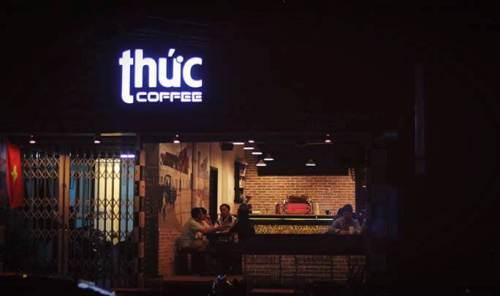 Thức Coffee - 2 quán cà phê đêm trắng ở Sài Gòn