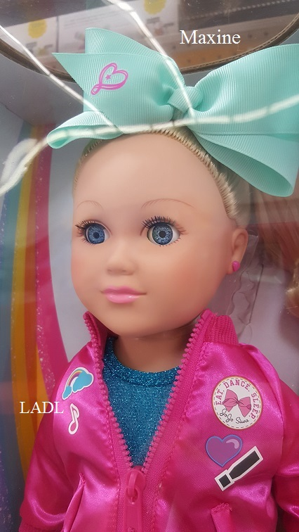 Living A Doll S Life In Store Report Jojo Siwa My