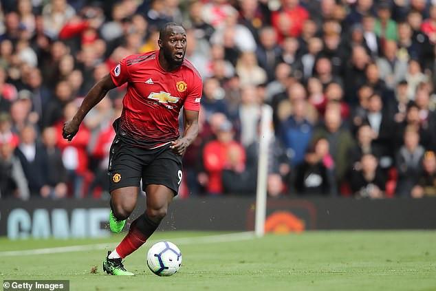 Manchester United fine striker Romelu Lukaku £400,000 for failing to turn up to training