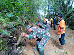 Jalan Desa Tegalsari Kecamatan Bruno Lumpuh Ahkibat Tanah Longsor