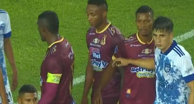 Amargo empate del DEPORTES TOLIMA en Perú: No pudo con Emelec y sigue resignando sus opciones en la Copa Sudamericana 2021