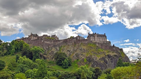 Top 10 You You Need to See and Do in Edinburgh, Scotland