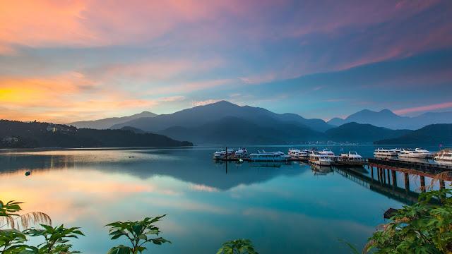 Hồ Nhật Nguyệt, nơi hẹn ước của mặt trăng và mặt trời