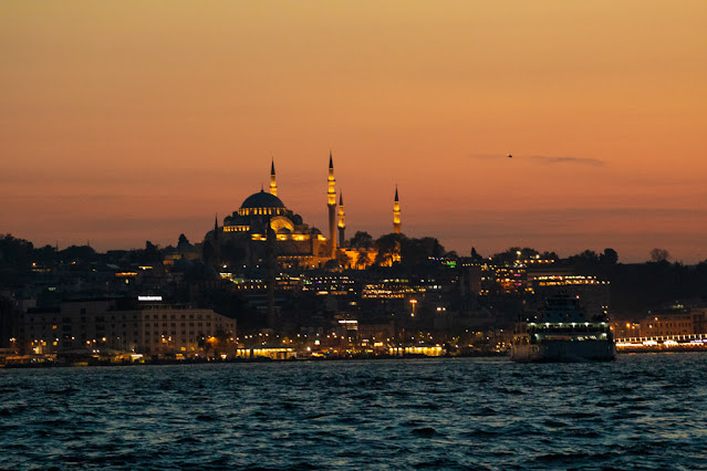 Crociera al tramonto Turyol sul Bosforo-Istanbul