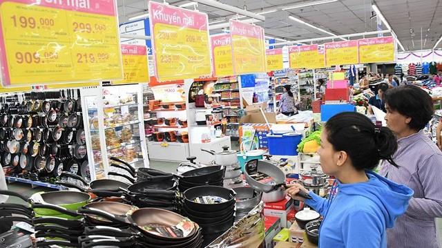 Quy định siêu thị, trung tâm thương mại phải mở cửa tối thiểu từ 10 giờ đến 22 giờ… là can thiệp sâu vào quyền tự chủ kinh doanh của doanh nghiệp