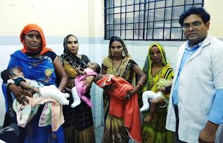 डा. अवनीश सिंह बच्चों व अभिभावकों के चेहरे पर ला रहे खुशी | #NayaSaberaNetwork