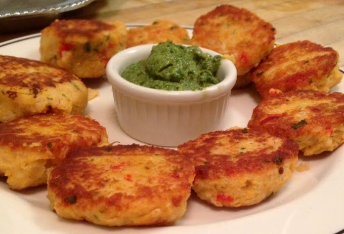 Spicy Vegan Lentil Cakes #vegetarian #appetizers