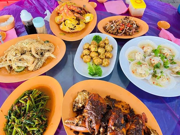 Makan-makan di Restoran Kukup