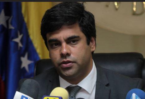 VENEZUELA: Diputado Ángel Alvarado inflación para el mes de agosto se disparó a 65,2%.