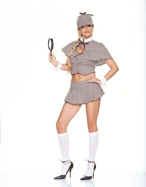 Sexy Sherlock Holmes detective woman