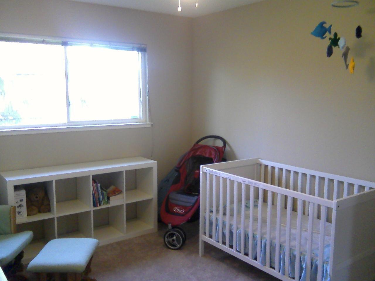 ikea sundvik crib the bump. Black Bedroom Furniture Sets. Home Design Ideas
