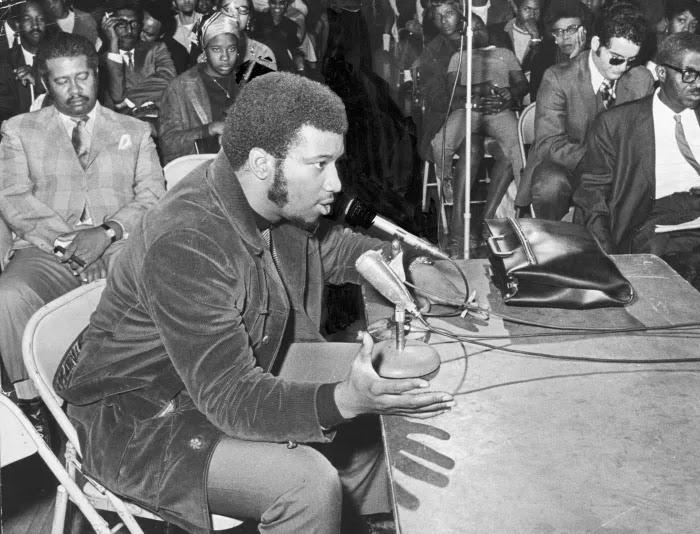 Fred Hampton aktivis Black Panther yang dibunuh FBI