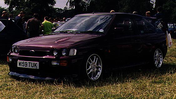 MK5 Эскорт RS Cosworth Монте-Карло ограниченный выпуск