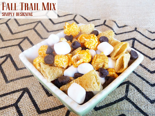 Harvest Trail Mix | so simple to throw together and a perfect snack while you are preparing holiday meals or playing games with family and friends! | #recipe #trailmix #fallfood #appetizer #snackfood
