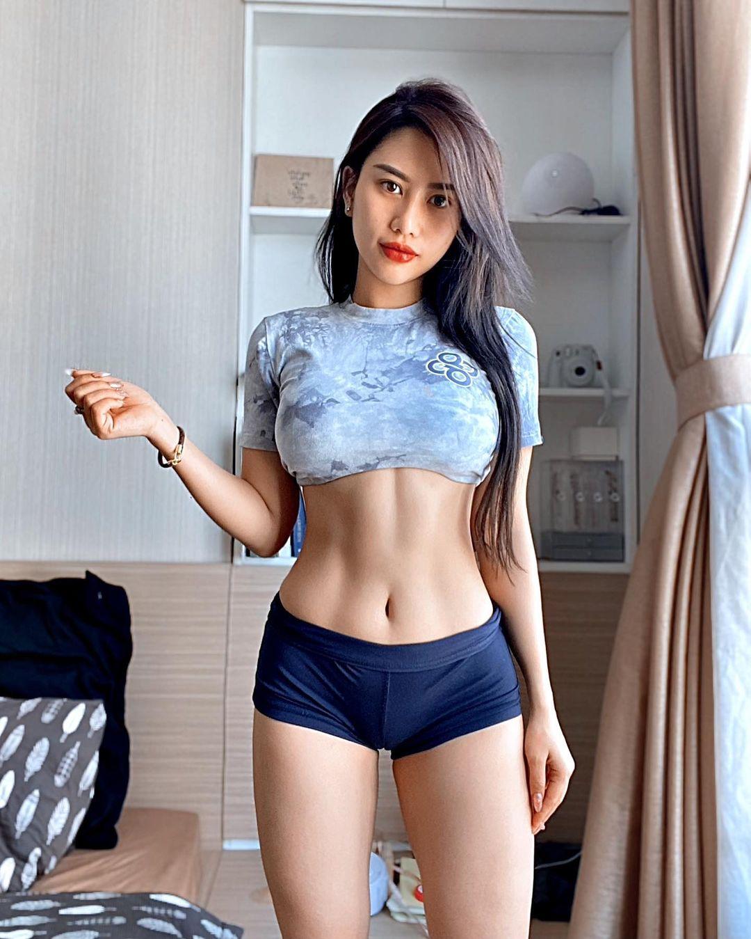 Hot Girls ♔♔ …Tracy Lê - Trang 2