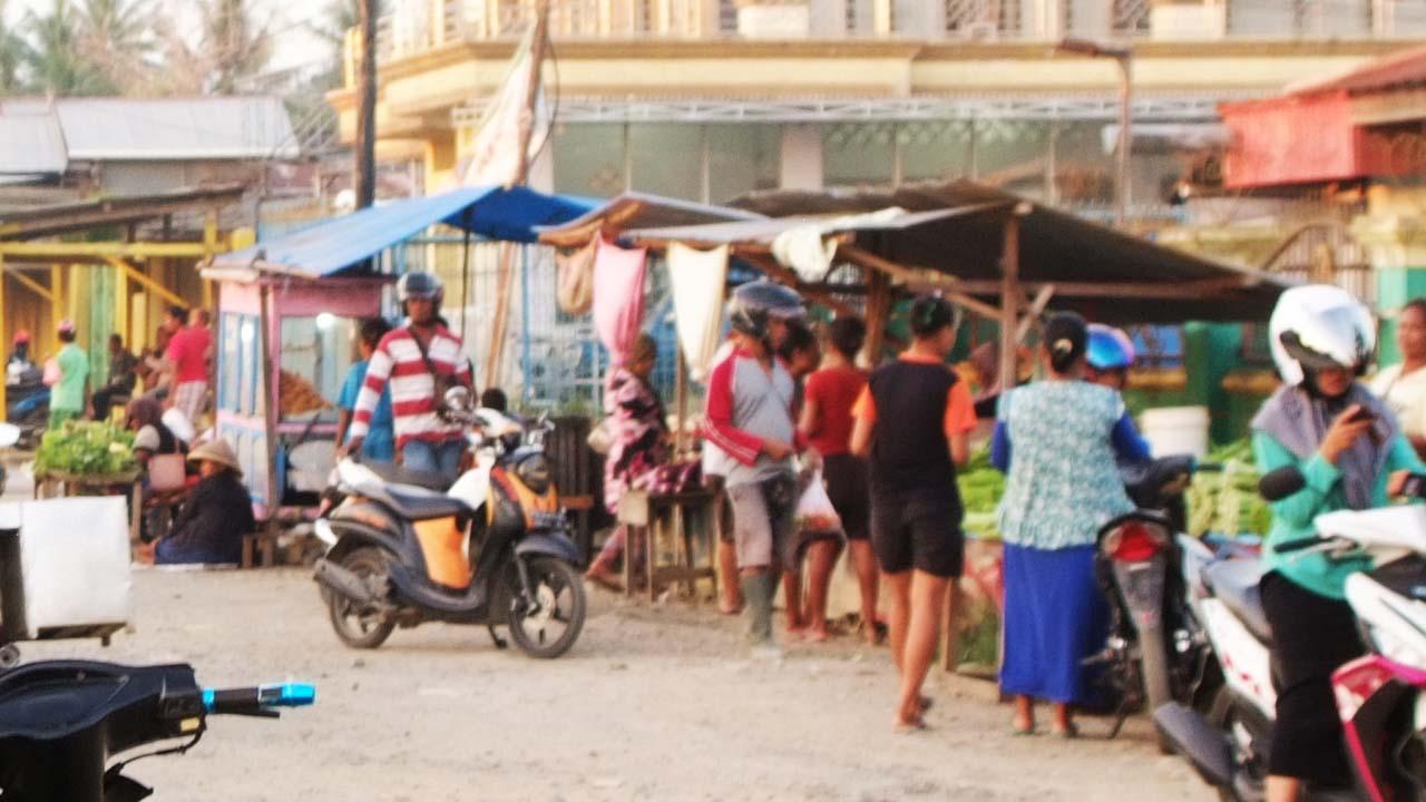 Harga Naik  Rp. 5.000 Dari Biasanya Pedagang Ayam Potong Di Pasar Kota Pemalang Kompak Mogok Jualan