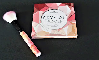 essence crystal power blush & highlighter palette