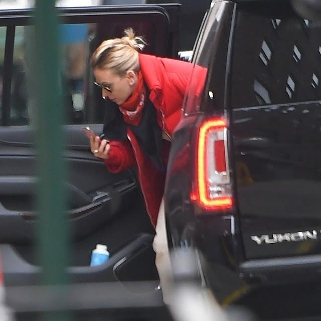 Scarlett Johansson Arrives at Saturday Night Live Rehearsals in New York 13  Dec-2019